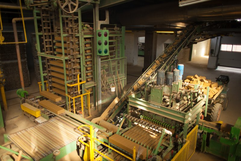 Klinkerziegelei Grabstede Produktion 2012 (7)